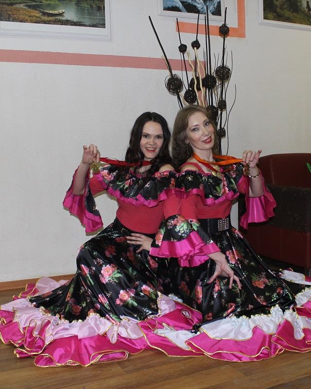 Конкурс цыганского танца